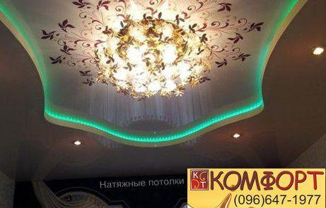 потолок с точечным освещением
